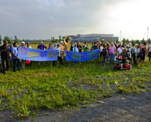 Sur le terrain de Blue Bonnets / On the Blue Bonnets site