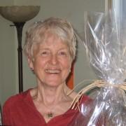 Judith, bénévole au Centre de services individuels / Judith, Storefront volunteer